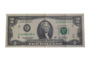 Einzigartig: Der 2 US Dollar Schein als Währung in Kambodscha