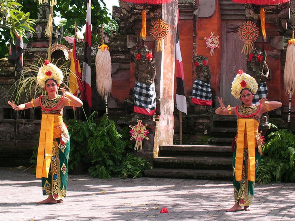 Barongtanz Frauen - Bali