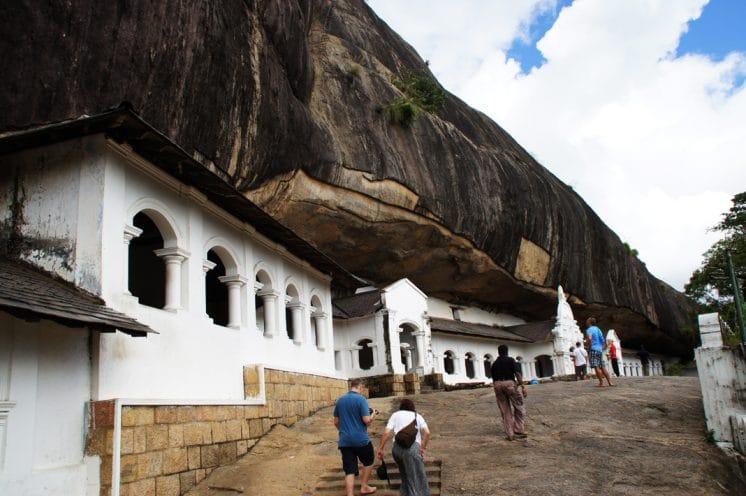 Dambula: Die Höhlentempel