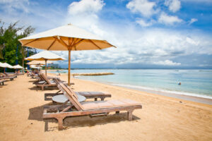 Der Sanur-Beach in Osten von Bali